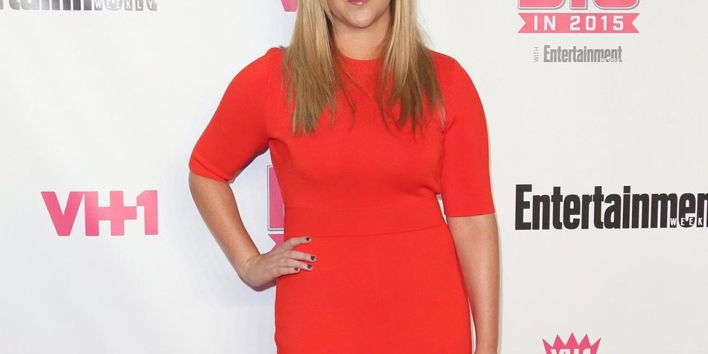 160331-news-amy-schumer