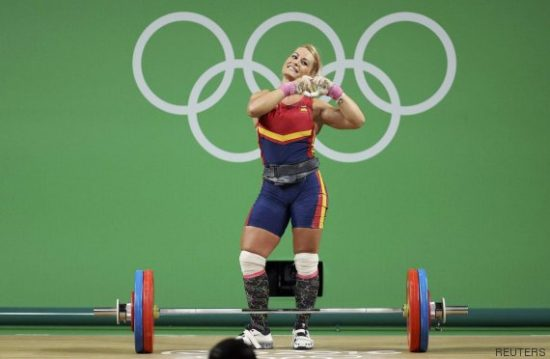 2016 Rio Olympics - Weightlifting - Final - Women's 75kg - Riocentro - Pavilion 2 - Rio de Janeiro, Brazil - 12/08/2016. Lidia Valentin (ESP) of Spain acknowledges the crowd. REUTERS/Stoyan Nenov TPX IMAGES OF THE DAY FOR EDITORIAL USE ONLY. NOT FOR SALE FOR MARKETING OR ADVERTISING CAMPAIGNS.