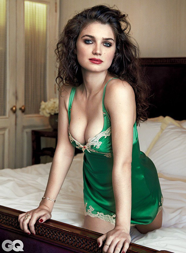 rs_634x862-151001111755-634-eve-hewson-gq-2-100115