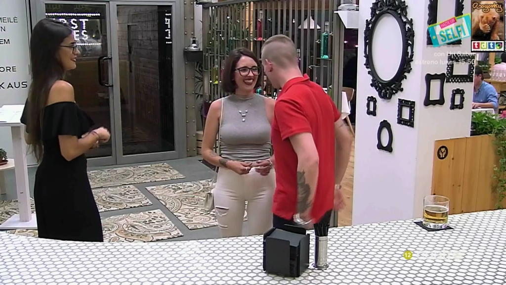 firstdatescachondagafas_oso42
