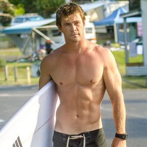 rs_300x300-150303181014-600-chris-hemsworth-shirtless-jw-3315